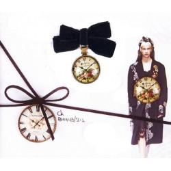 Διακοσμητικό ρολόι με φιόγκο