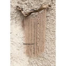 Διακοσμητικό τοίχου με ακατέργαστο ξύλο